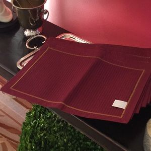 Holiday Placemats Set of 11 — NWOT